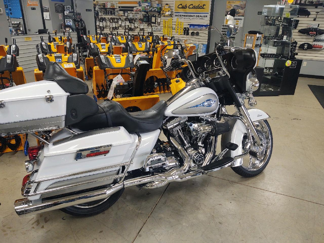 SOLD – 2009 Harley-Davidson Touring Classic